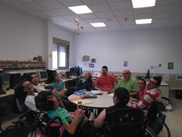 El Grupo de Ciudadanía Activa de Gijón se reúne con la dirección del C.A.I.