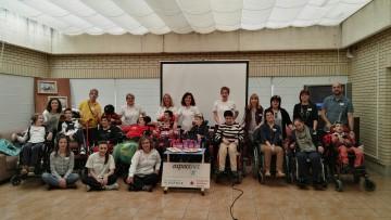 Los chicos de Aspace Huesca visitan Aspace Navarra